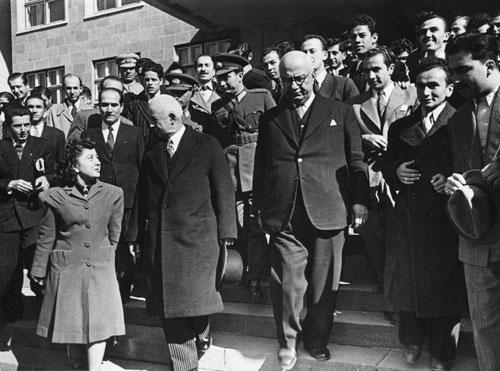 Cumhurbaşkanı İsmet İnönü'nün Ankara Üniversitesi'ni Ziyareti Rektör Prof. Dr. Şevket Aziz Kansu (1946-1948)