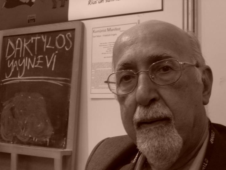 Kemal Özer Tüyap'ta Kitap Standında, Fotoğraf: Cansu Fırıncı